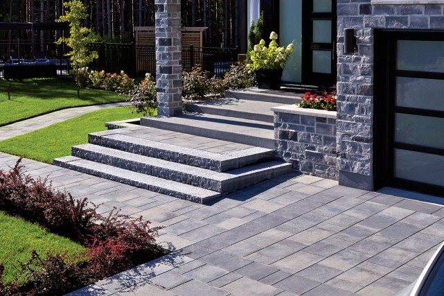 Melville Pavers