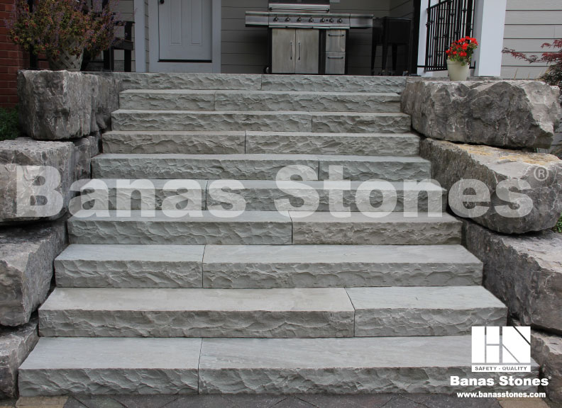 Natural Stone Steps : Bergman landscape and masonry centres